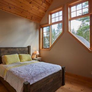 Citadel X True North Log Homes Bed #5