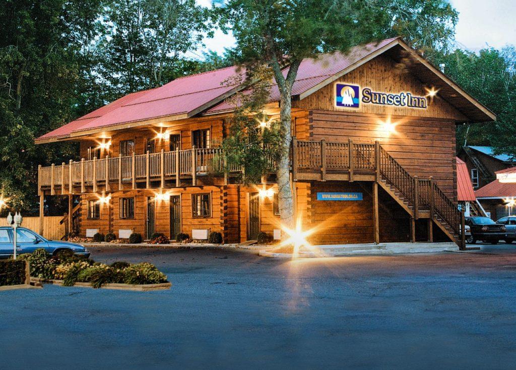 Front - Sunset Inn - True North Log Homes - North Bay