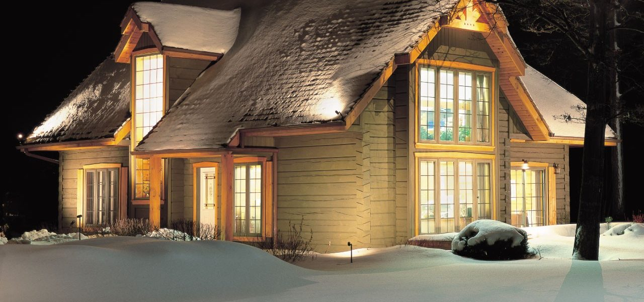 Front in winter - Cabot I - True North Log Homes